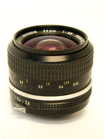 Nikon Nikkor 24mm f2.8 Non AI Lens