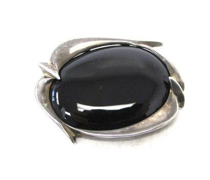 Vintage Sterling Silver and Onyx Brooch