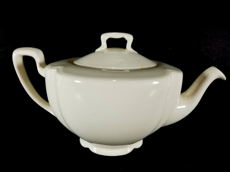 Pareek Johnson Bros England Porcelain Tea Pot
