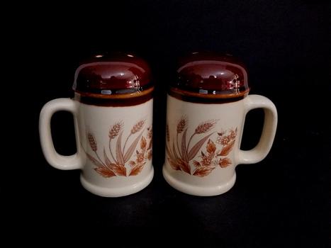 Vintage Japan Porcelain Salt & Pepper Shakers