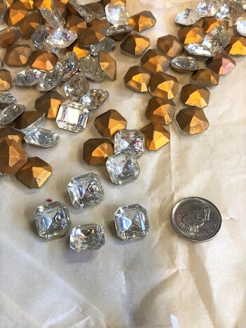 Crystals 100 Pieces K&B Inc 1970's Germany