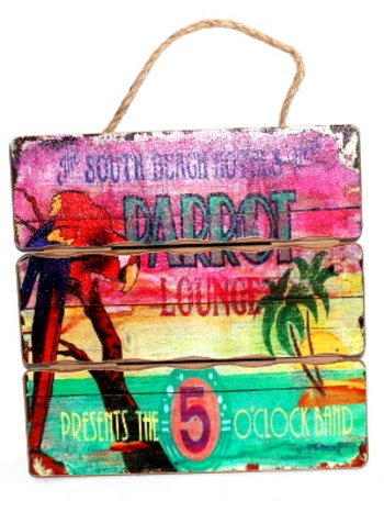 The South Beach Hotels New Decor Wall Sign