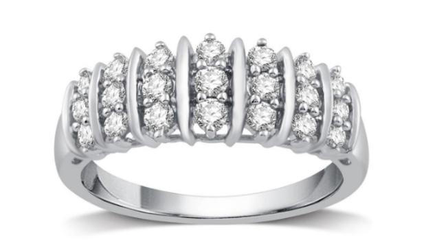1/2 Carat Genuine Diamond Ring Size: 5 Retail $1,259.99