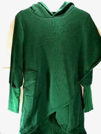 Pocket Green Asymmetric Hem Long Sleeve Hoodie