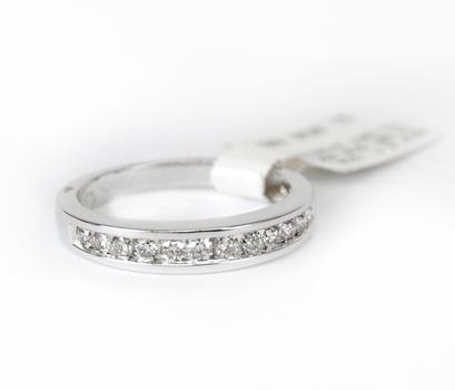 .40 CT Diamond Ring 18kt Gold Retail $1,050.00