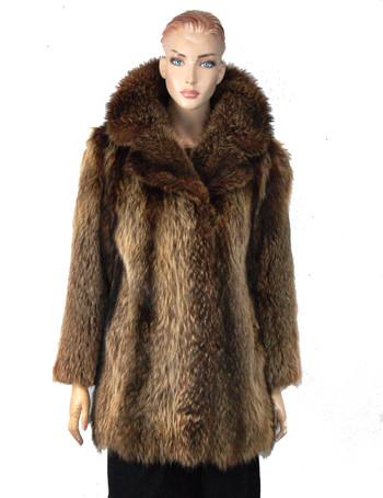 Fur Coat - Women's Designer Lush Raccoon Jacket - Size M - $2,500 Cold Storage Value