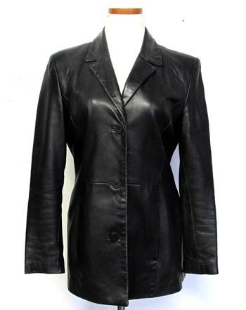 Danier Vintage Women's Leather Jacket/Blazer