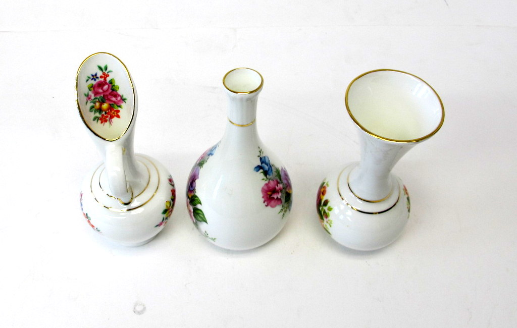 3 Mary Jane Fine Bone China Mini Flower Vases Property Room