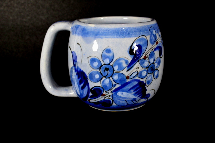 f5fdef882d2 Hand Painted Mexico Pottery Coffee Mug Signed | Property Room