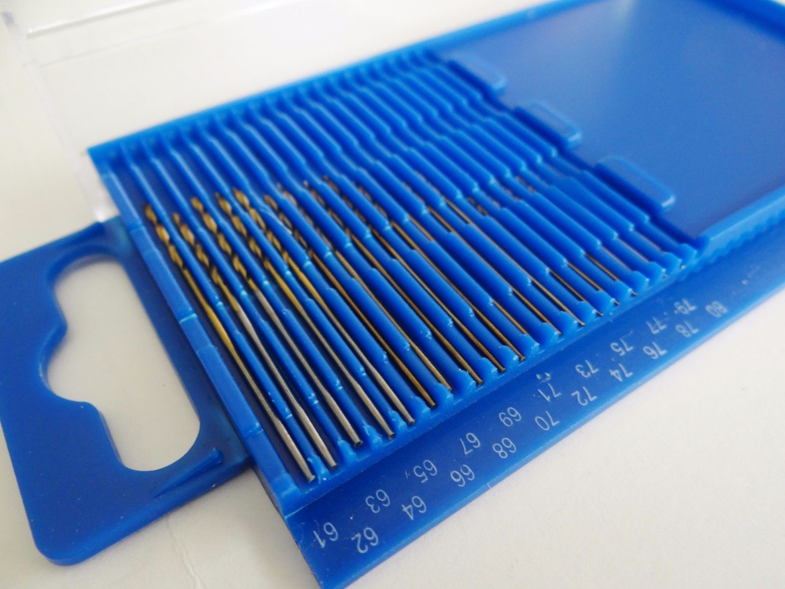 20pc hss diamond twist mini drill bit wire gauge set index 61 80 in 20pc hss diamond twist mini drill bit wire gauge set index 61 80 in plastic case greentooth Images