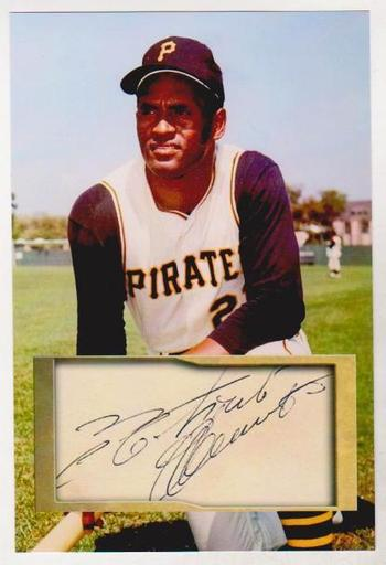 Roberto Clemente 4x6 Photo w/ Facsimile Signature - Nice For Framing!