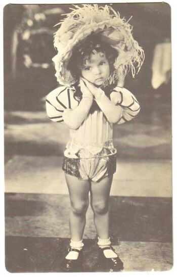 1949 Shirley Temple Trilby Poster Card #208 - NICE CONDITION!