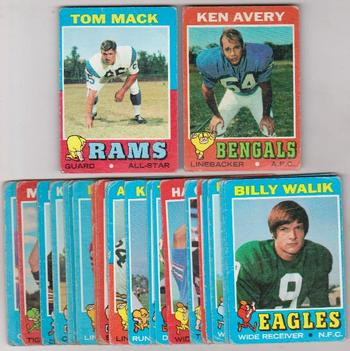 25 Different 1971 Topps Football Cards - Tom Mack + More