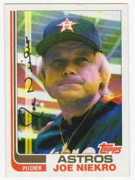 Error Card - Joe Niekro 1982 Topps Wrong Back - Fred Lynn On Back
