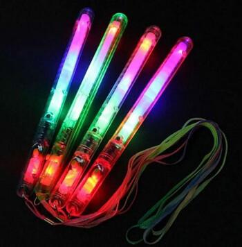4x Strobe Light Sticks
