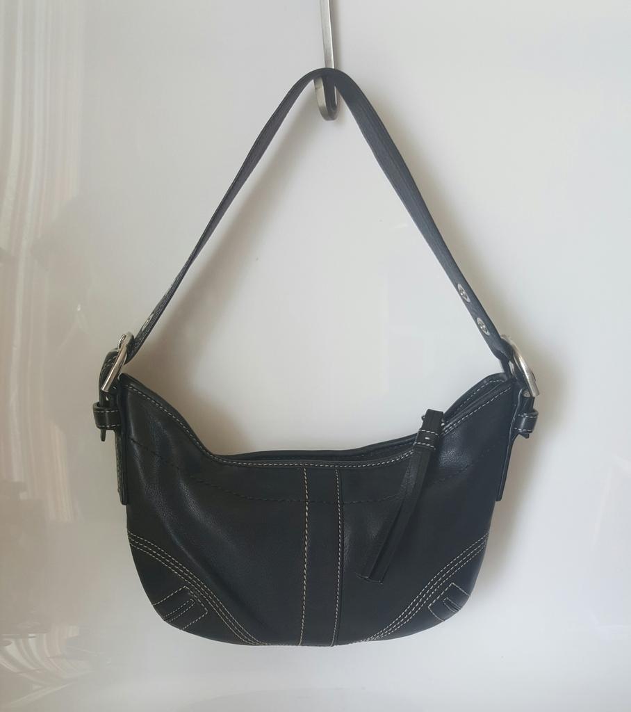 Coach 8a01 Small Black Leather Duffle Bag Hobo Tote Tassled Purse