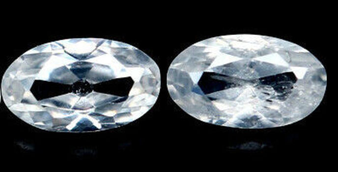 VS 2 Pieces Natural White Zircon Oval Cut Loose Gemstone