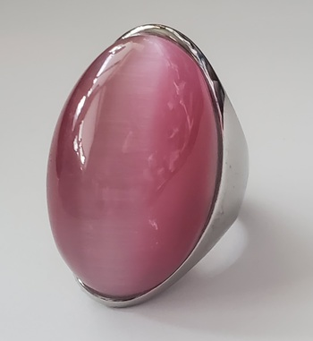No Reserve 316L Stainless Steel Pink Cats Eye Ring Size 9
