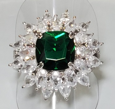 No Reserve Emerald & Topaz Cluster Ring Size 10
