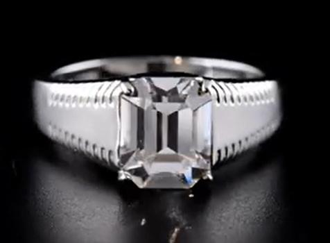 VIDEO No Reserve Men's Swarovski Crystal Ring Size 13