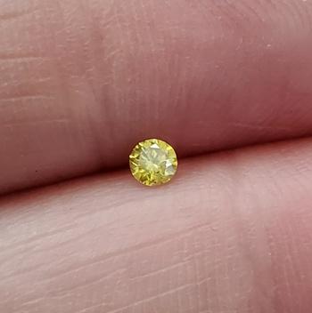 .101 ct  Natural Yellow Diamond Round Cut Loose Gemstone