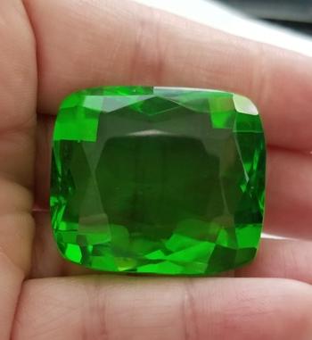 137.50 ct Lime Green Quartz Cushion Cut Loose Gemstone