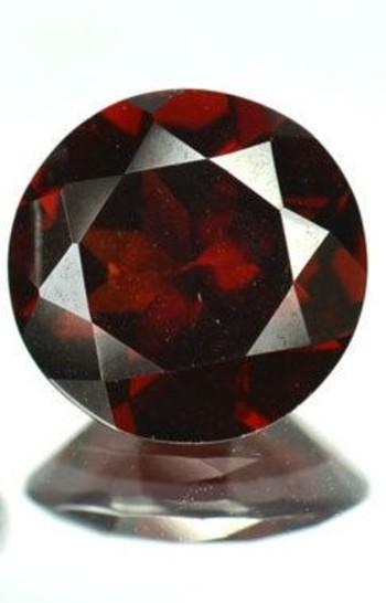 5mm VVS Natural Mozambique Garnet Round Cut Loose Gemstone
