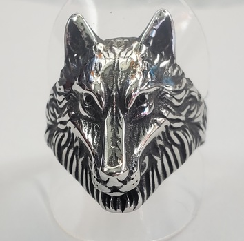 No Reserve Oxidized  316L Stainless Steel Wolf Ring Size