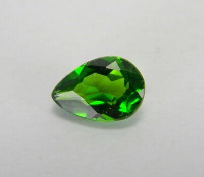 VVS 7x5mm Natural Chrome Diopside Pear Cut Loose Gemstone
