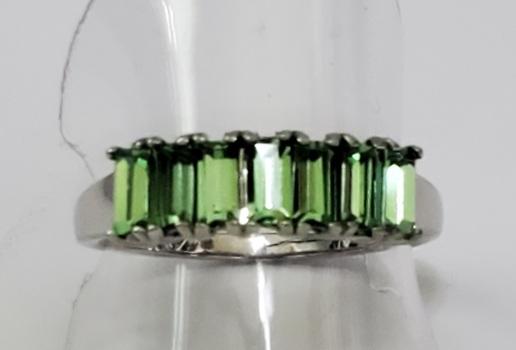 No Reserve Peridot Swarovski Crystal Ring Size 9