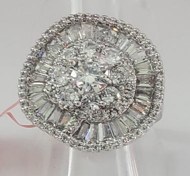 No Reserve White Topaz Ballerina Ring Size 8