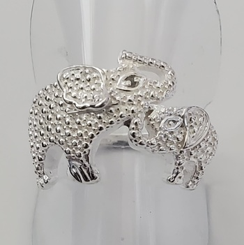 No Reserve Natural Diamond Elephant Mom & Baby Ring Size 7