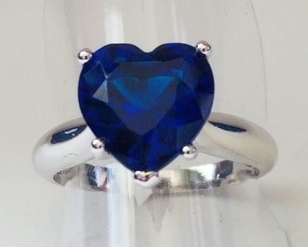 New Heart Sapphire Ring Size 6