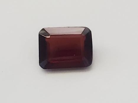 1.73 ct Natural Mozambique Garnet Octagon Cut Loose Gemstone
