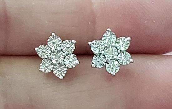 No Reserve Diamond Earrings Platinum /.925 Sterling Silver Earrings