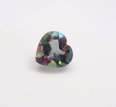 VVS Rainbow Mystic Quartz Heart Cut Loose Gemstone