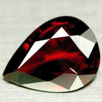 1.40 VVS Natural Mozambique Garnet Pear Cut Loose Gemstone