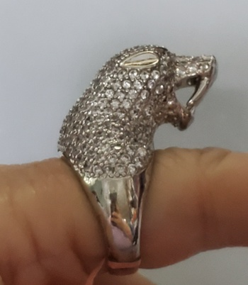 No Reserve Simulated Diamond Panther Ring Size 6