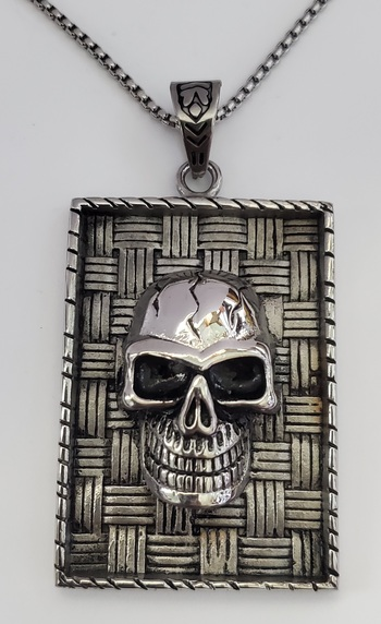 No Reserve Oxidized  316L Stainless Steel Skull Pendant & Chain Necklace