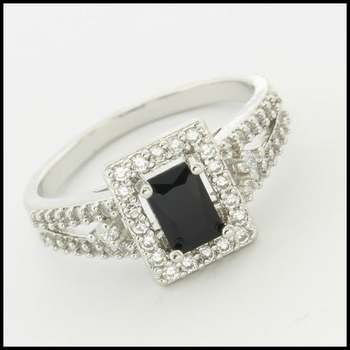 14k White Gold Overlay, 1.30ctw Onyx & (AAA Grade) CZ's Ring Size 7