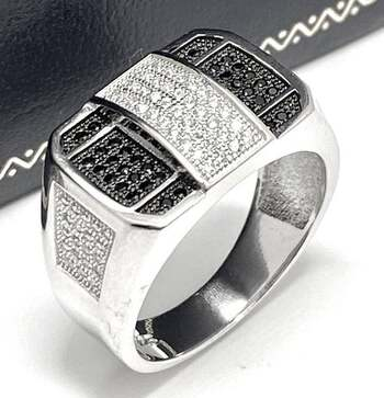 .925 Sterling Silver, 1.50ct Pave Set Black & White Diamonique Men's Ring Size 9.5