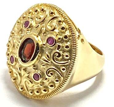 .925 Sterling Silver & Yellow Gold Plated, 0.75ctw Garnet Ring Size 6