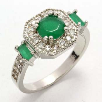 0.65ctw Emerald & (AAA Grade) Cubic Zirconia Ring Size 6