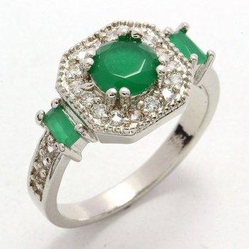 0.65ctw Emerald & (AAA Grade) Cubic Zirconia Ring Size 7