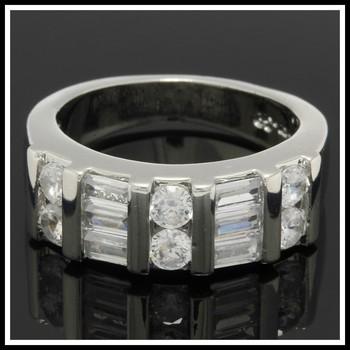 0.78ctw White Sapphire Ring sz 6.5