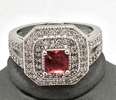 0.85ctw Garnet Ring Size 8