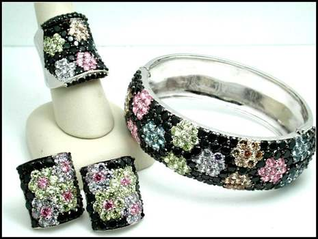 105.5 Grams Sterling Silver Multicolor Stones Set of Bracelet, Clipon Earrings & Ring Size 7