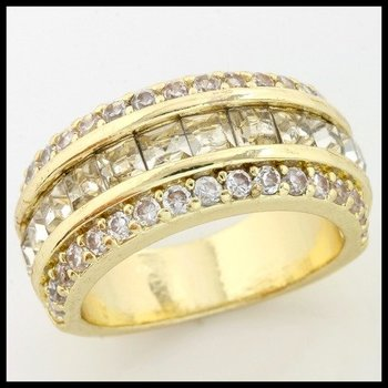 1.10ctw (AAA Grade) CZ's Ring size 7