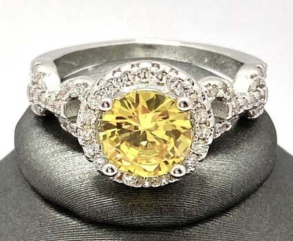 1.25ctw Yellow & White Sapphire Ring Size 6