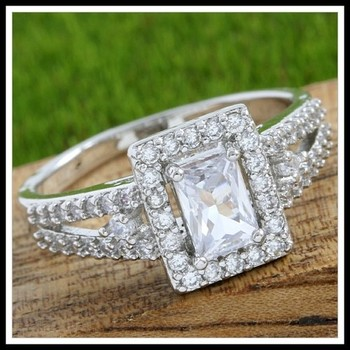 1.30ctw White Sapphire Ring Size 7